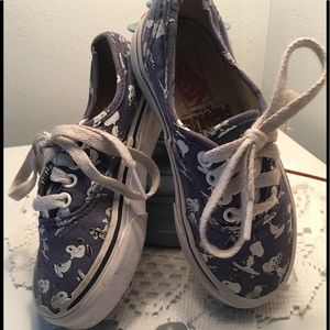 Snoopy Vans Shoes Peanuts Size 10.5 kids